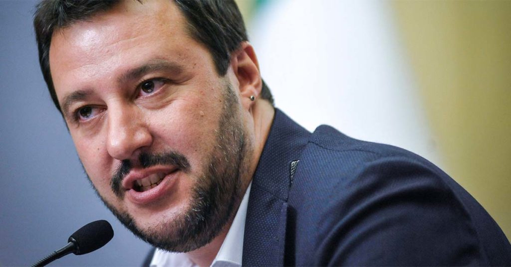 Salvini CHIUDE cartelle esattoriali