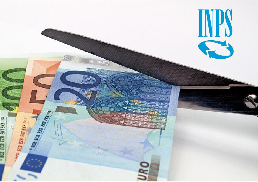 banconote da 100, 5o e 20 euro che vengono tagliati da una forbice